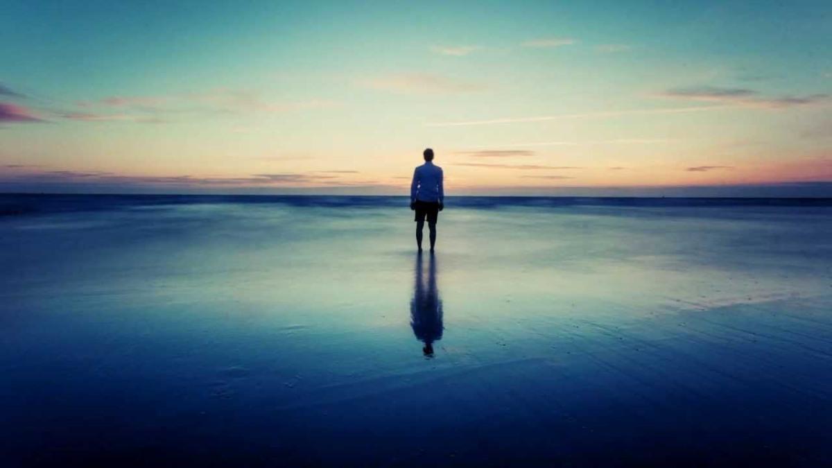 alone_beach